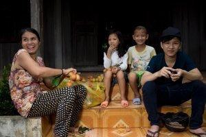 2 marou farmer family cacao vietnam portrait