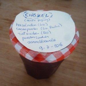 chocolade hazelnootpasta chozel gemaakt van origine chocolade van pralus