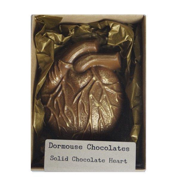 geroosterde witte chocolade een anatomisch chocoladehart wit heerlijk bijzonder geschenk cadeau pakket chocola