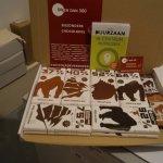 koop een chocoladepakket van de beste bean to bar makers als chocolatemakers biologisch eerlijk en duurzaam pure en melkchocolade
