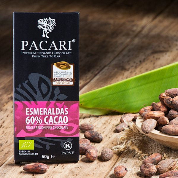 pacari esmeraldas chocolate bar image of chocolate bar packaging and cocoa beans from ecuador