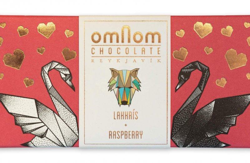frambozen drop chocoldae voorkant chocoladereep verpakking uniek design zwanen hartjes cadeau bean to bar