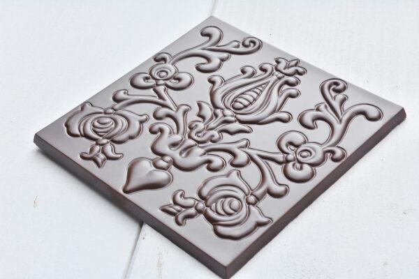 chocolademal vorm gegoten chocoladereep hongarije mooi en speciaal bean to bar chocolade eerlijk en lekker