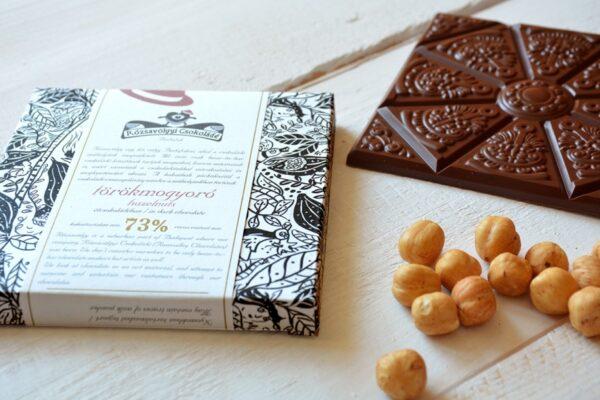rozsavolgyi chocolade met 20% hazelnoten in stukjes krachtige pure chocolade venezuela